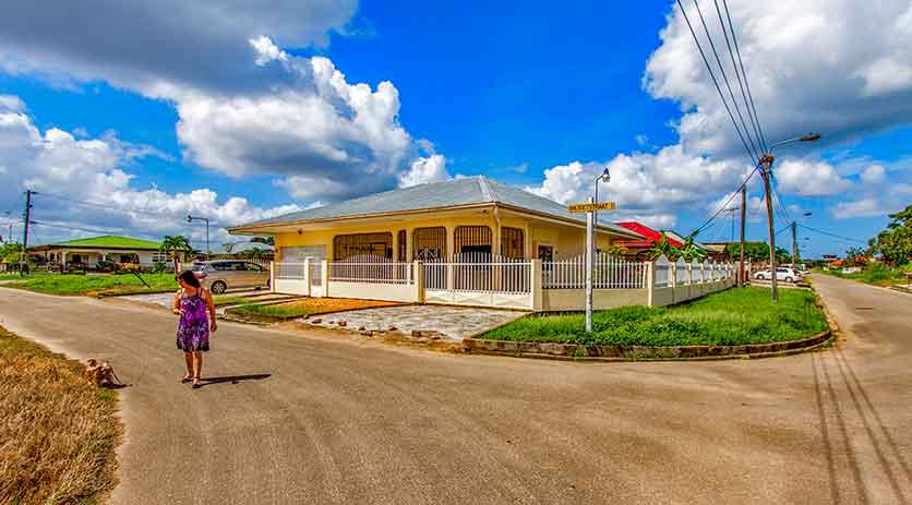 Huis kopen huren in Suriname